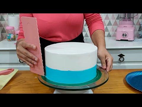 DECORAÇÃO DE BOLO COM A ESPÁTULA 22 DA BLUE STAR / BICO CHUVEIRINHO 233 / PARIS CAKE DESIGNER