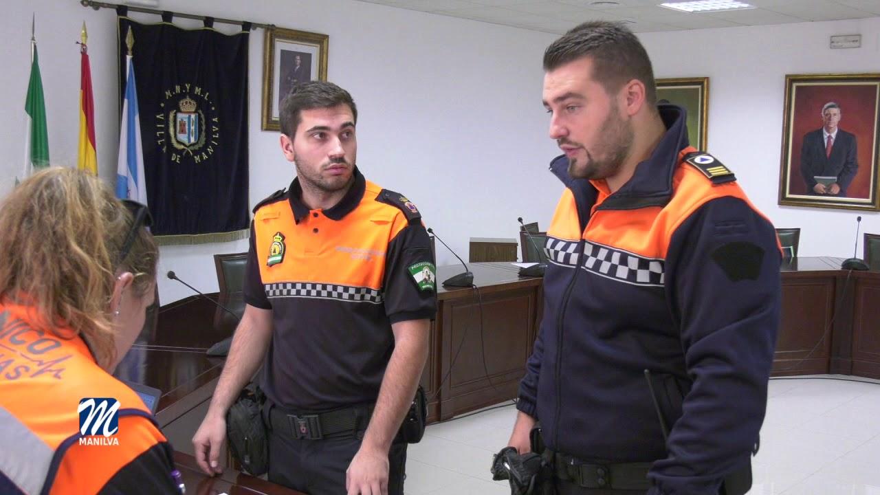 PROTECCIÓN CIVIL ACONSEJA SOBRE LA IMPRUDENCIA DE UTILIZAR EL MÓVIL MIENTRAS SE CONDUCE