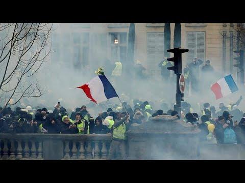 Kίτρινα Γιλέκα: Βία στο Παρίσι