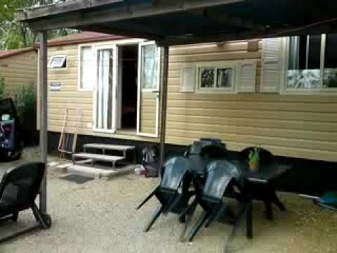 norcenni girasole club de Fiji 2 caravan (interieur)