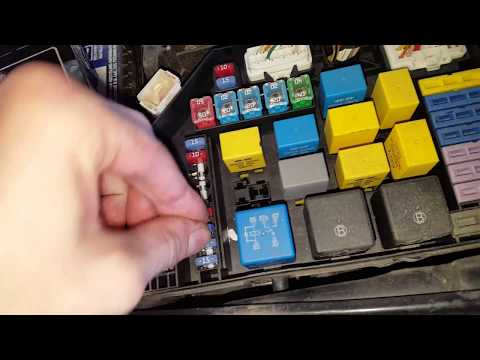 Hyundai Elantra AC Relay and Fuse (fuse does the horn too)