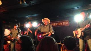 "Alan Jackson ""Let's Get Back To Me and You"" at ""The Bluegrass Album"" show at Station Inn"