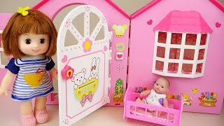 Baby doll poops & peeps on Toilet toy 콩순이 뽀로로 응가놀이 장난감