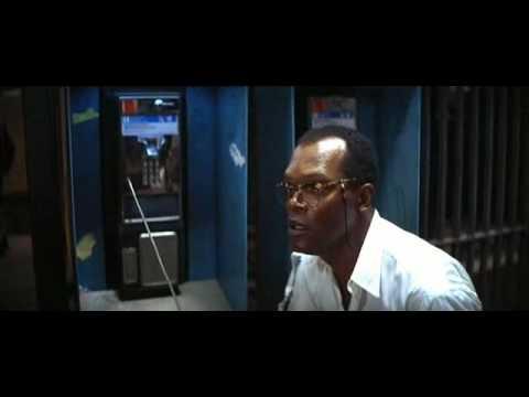 Клип про ограбление банка в масках президентов