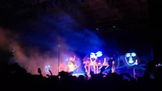 Disclosure & Jessie Ware - confess to me (live)