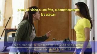 El señalamiento social para las modelos webcam