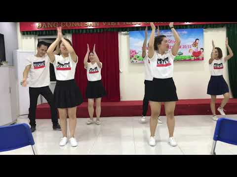 """Hoa Sen: điệu nhảy """"Chia sẻ"""""""