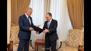 Le ministre des Affaires étrangères d'Arménie a reçu l'ambassadeur nouvellement nommé de Roumanie