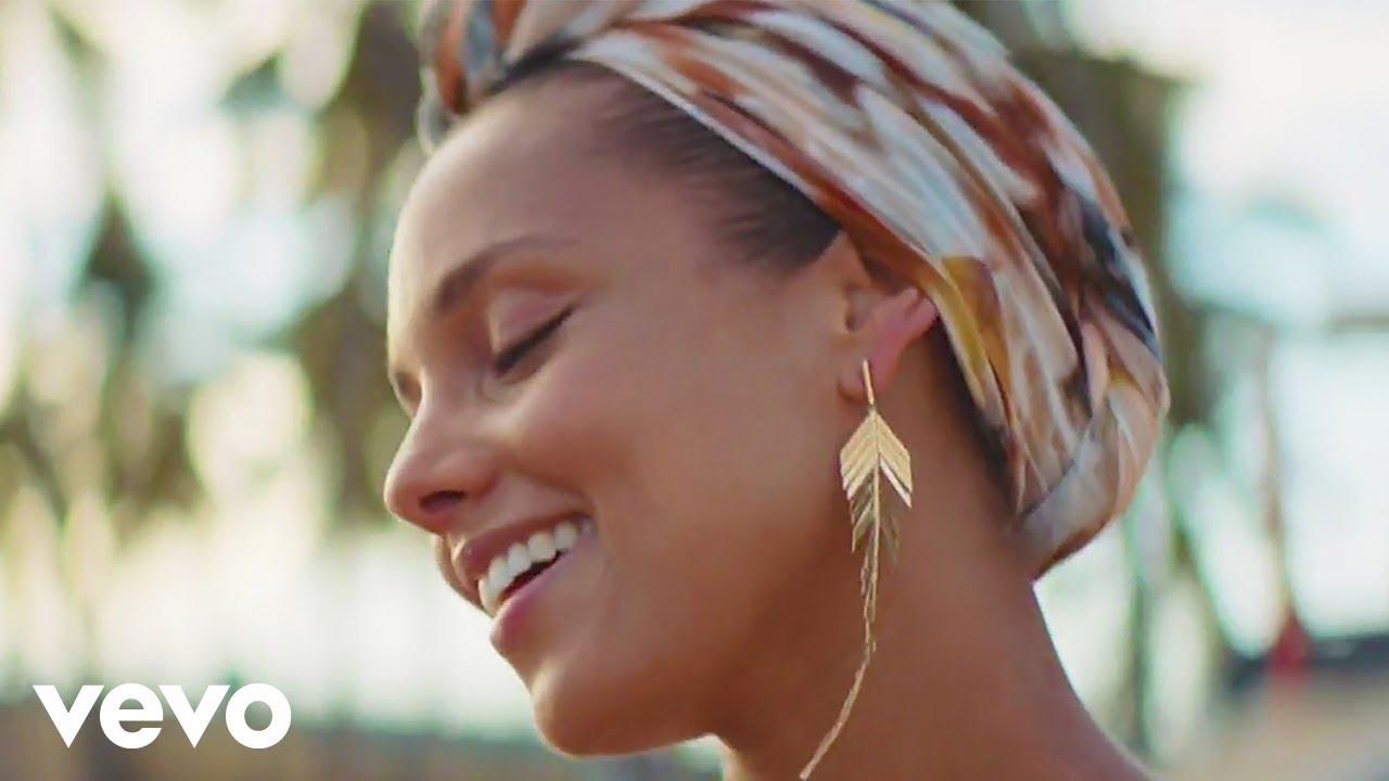 Pedro Capó, Alicia Keys & Farruko – Calma (Alicia Remix)