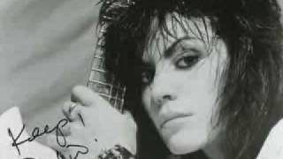 Joan Jett -I Wanna Be Your Dog - (B