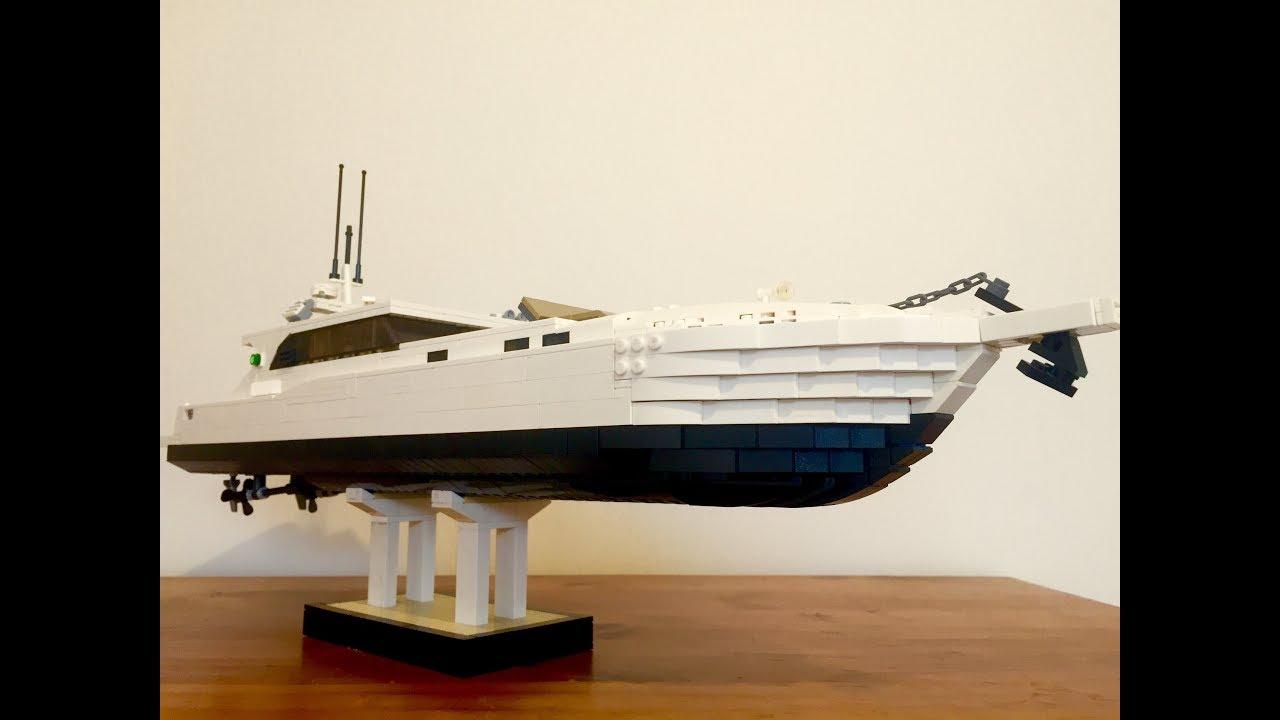 Display LEGO yacht (moc)