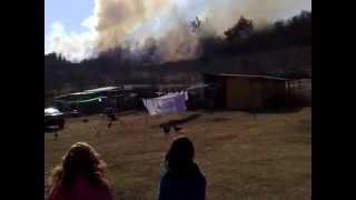 preview picture of video 'Spišské Podhradie - požiar uhasený lopatami'