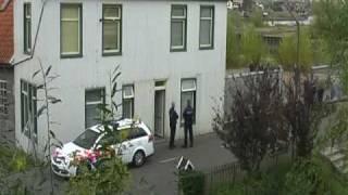 preview picture of video 'Politie onruimt gekraakte scheepswerf in Krimpen aan den IJssel'