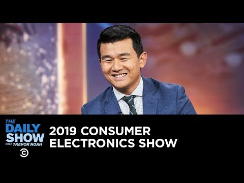 Today's Future Now - The Best of the 2019 Consumer Electronics Show | The Daily Show (видео)