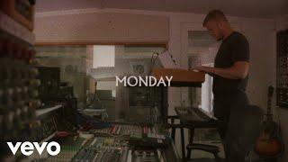 Imagine Dragons - Monday (Official Lyric Video)