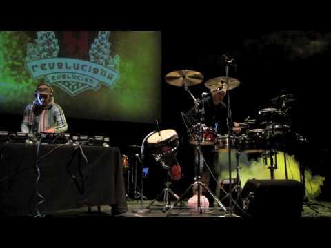 Roberto Serrano, Grooving, Jan 8, 2010 (intro-solo 1)