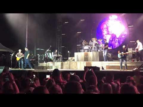 Luke Combs - Lovin On You (UNRELEASED) (Live) Va Beach Patriot fest 2019