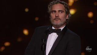 Joaquin Phoenix Accepts the Oscar for Lead Actor
