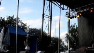 "MF DOOM - ""Ballskin"" (Live at Pitchfork Music Festival, Chicago, July 18, 2009)"