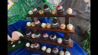 DIY Cupcake Stand // Rustic Cupcake Stand // Wood Cupcake Stand Display