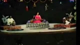 Pehle Pyar Ki Khushbu Badalte Rishte