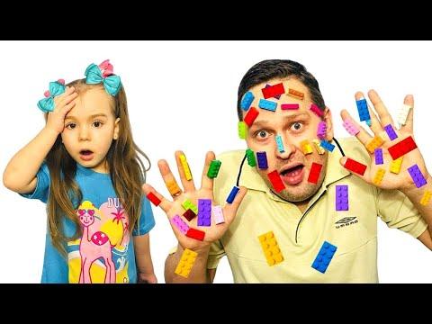 София и Папа играют в лего / lego hands
