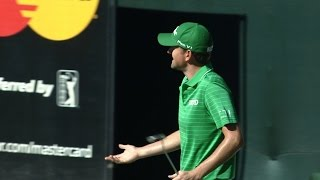 Webb Simpson gets robbed on No. 16 at Waste Management