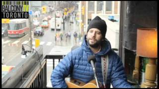 CHRIS VELAN - THERE GOES SARA (BalconyTV)