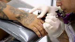 Finger Tattoo - Willian Tattoo Studio