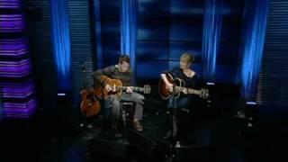 Dido & Joel Shearer - Don't Believe in Love (on Regis & Kelly - High Quality)