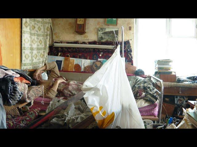В Ангарске военнослужащие и соцработники помогли одинокому блокаднику
