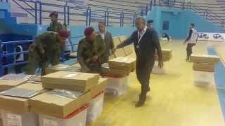 preview picture of video 'Arrivée des premières urnes à Monastir'