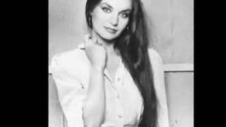 """Video thumbnail of """"Crystal Gayle: Ready for the Times to Get Better"""""""