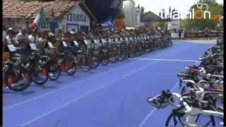 preview picture of video 'Victoire de Simon de Cuyper à Huatulco - World Cup 2012 - 6/05/2012'