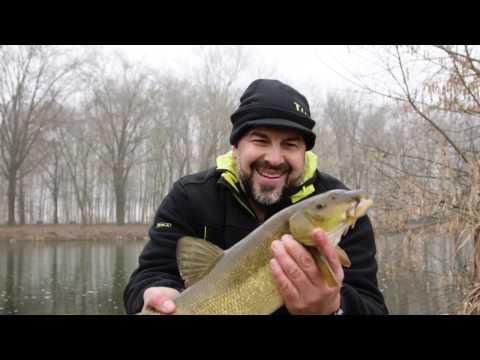 Leader che pesca in Russia