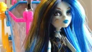 Monster High Frankie Stein mit Ladestation Playset Puppe