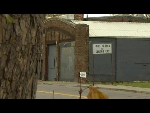 'Hood Closed to Gentrifiers' street sign gains popularity in Detroit neighborhood