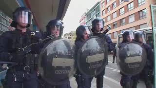 10 cc Rubber Bullets, the swiss police edition