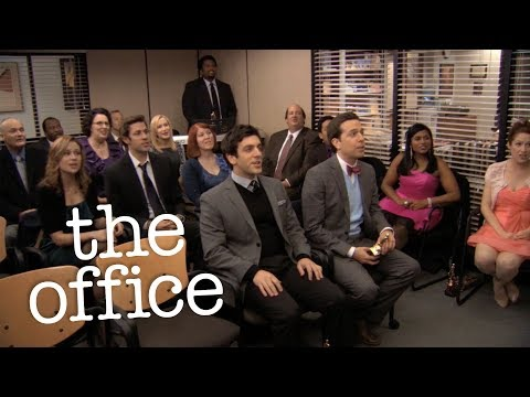 During Steve Carell Farewell Episode, The cast of the office actually planned to sing this song without telling Steve so his reaction was 100% genuine