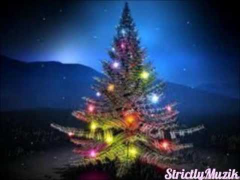 "Aretha Franklin ~ "" O Christmas Tree "" ?"