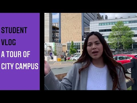 Student tour of City Campus