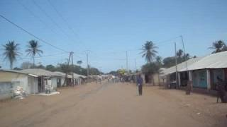 preview picture of video 'On the road - Gambia - 1'