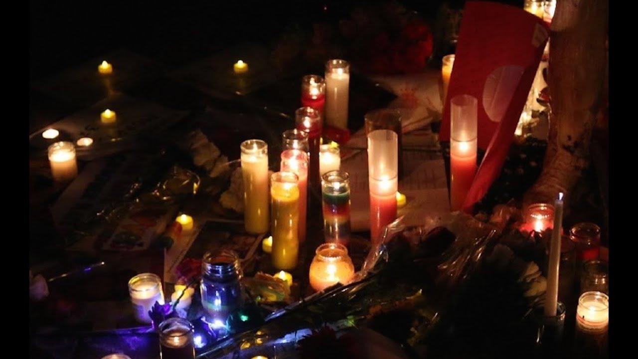 Candlelight Vigil Marks Anniversary Of Charleston Church Shooting thumbnail