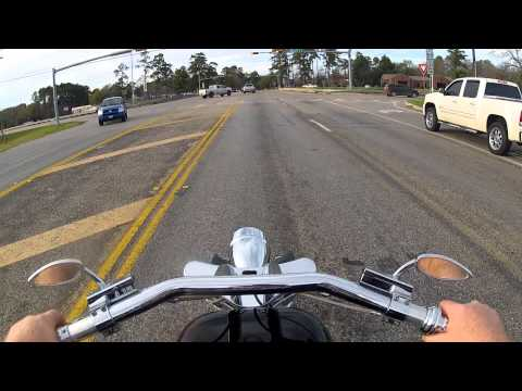 What it's like to ride my 1850cc chopper. A little cruise on Dave Sadler's HARLEY EVO chopper