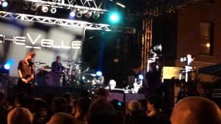 "Chevelle - ""Twinge"" Live"