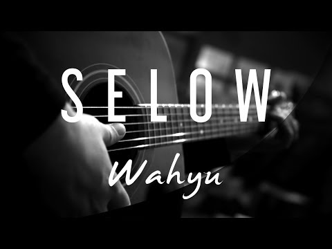 Wahyu   selow   acoustic karaoke