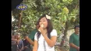 Nur Azizah - Izinkanlah  - GaVra Music