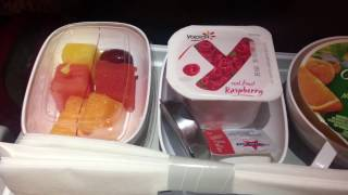 Emirates Plane Food | Economy - Video Overview | Breakfast, Lunch, Dinner