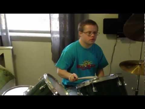 Ver vídeoDown Syndrom: Jakten på Morodalstrollet