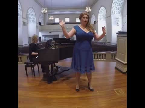 An example of operatic singing.